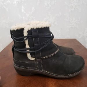 Ugg Ankle Wrap Boots Size 8!